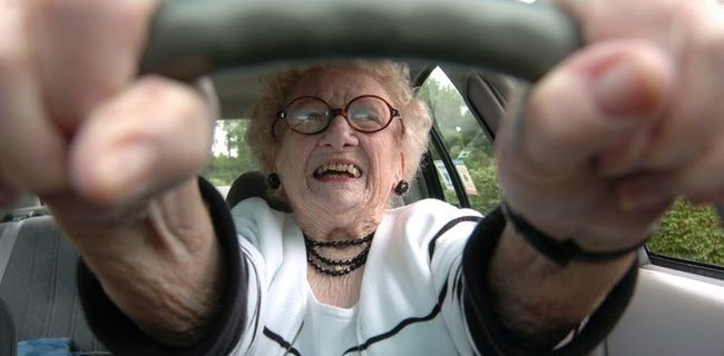 old-woman-driver
