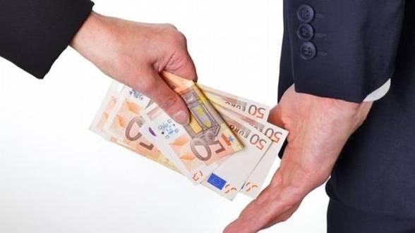 Austeritatea-nu-vindeca-Romania-de-coruptie---Studiu
