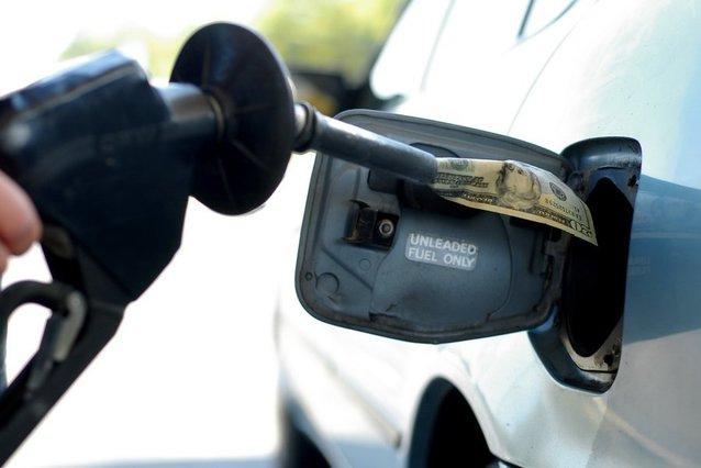 pomba-benzina